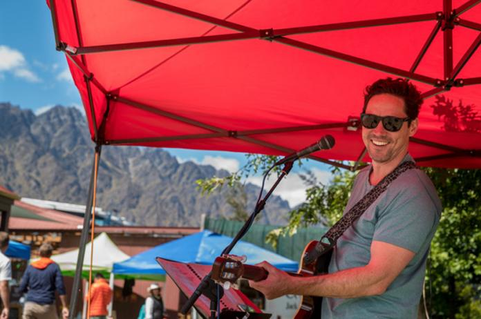 Remarkables Market - Live Music.